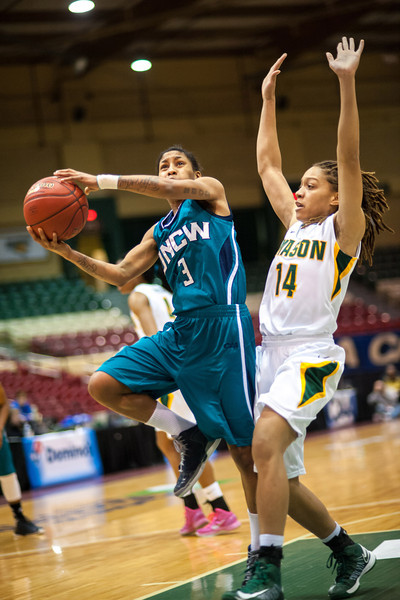 GM_vs_UNCW_Womens-13
