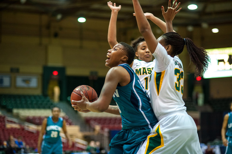 GM_vs_UNCW_Womens-18