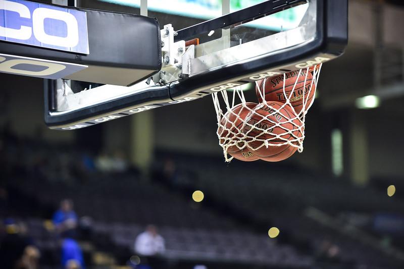 CAA BASKETBALL TOURNAMENT: MAR 5 Drexel vs. Hofstra