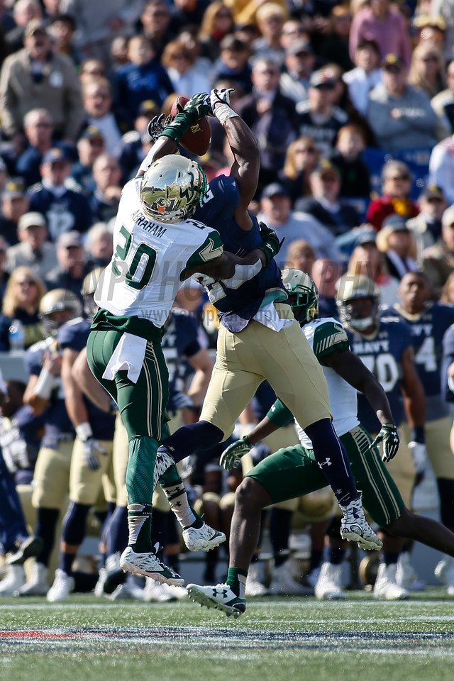 NCAA FOOTBALL: OCT 31 South Florida at Navy