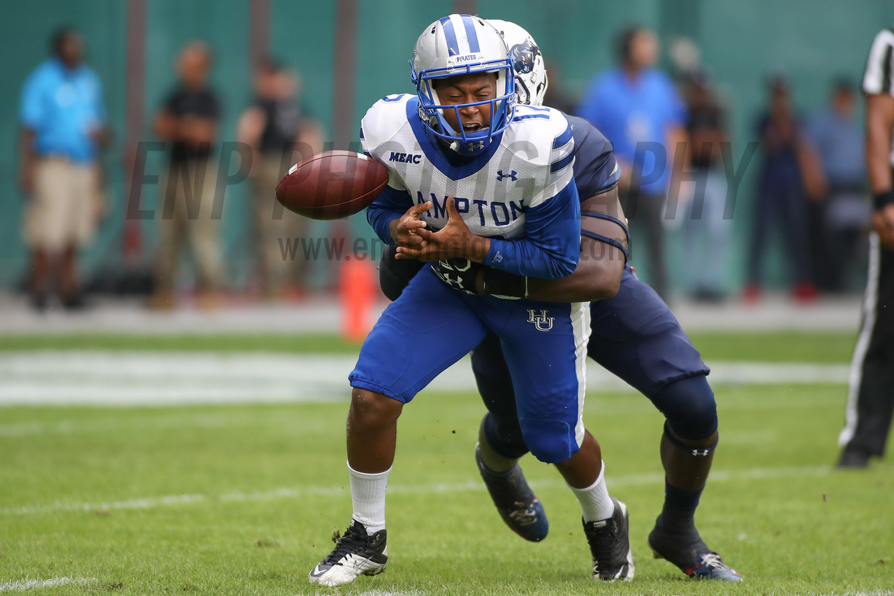 NCAA FOOTBALL: Hampton vs Howard