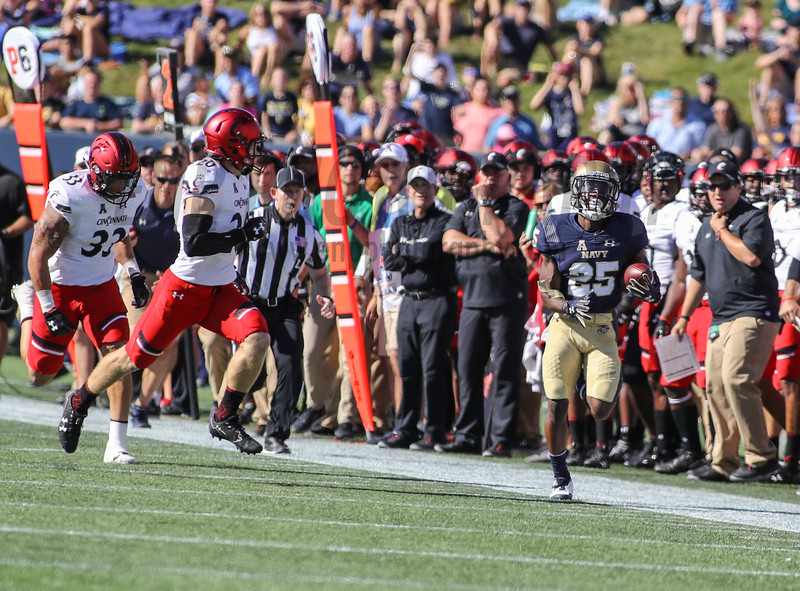 NCAA FOOTBALL: Cincinnati at Navy
