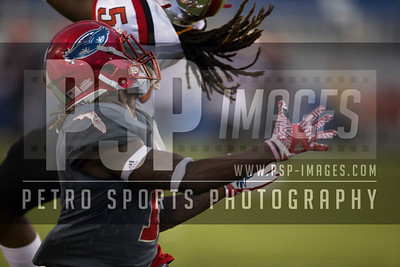 Florida Atlantic Owls wide receiver Henry Bussey III (1) goes out for a pass during the football  game between the visiting Western Kentucky Hilltoppers  and the FAU Owls on October 29, 2016  ( Joe Petro, The Skyboat )