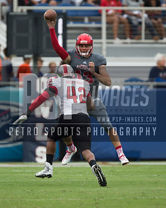 Florida Atlantic Owls quarterback Daniel Parr (13) passes the ball during the football  game between the visiting Western Kentucky Hilltoppers  and the FAU Owls on October 29, 2016  ( Joe Petro, The Skyboat )