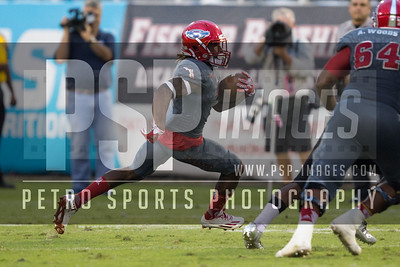 Florida Atlantic Owls wide receiver Henry Bussey III (1) runs the ball during the football  game between the visiting Western Kentucky Hilltoppers  and the FAU Owls on October 29, 2016  ( Joe Petro, The Skyboat )