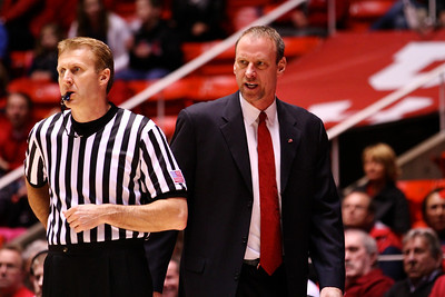 U of U MBB vs Arizona 2-17-2013. Coach Larry Krystkowiak