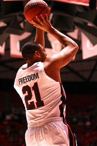 U of U MBB vs Arizona 2-17-2013. Jordan Loveridge (21)