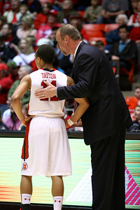 U of U MBB vs Oregon State 3-7-2013. Coach Larry Krystkowiak & Brandon Taylor (11)