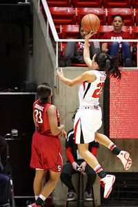U of U WBB vs Stanford 1-6-2013. Danielle Rodriguez (22)