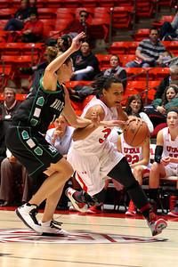 U of U WBB vs North Dakota 12-29-2012. Ciera Dunbar (31)
