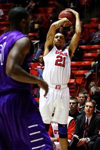 U of U Men's Basketball vs Grand Canyon • 11-21-2013   22