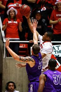 U of U Men's Basketball vs Grand Canyon • 11-21-2013   15