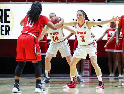 University of Utah Women's Basketball vs Lamar at Jon M. Huntsman Center 11-17-2015. The Lady Utes defeat the Cardinals 71-67.  #goutes   ©2015 Bryan Byerly