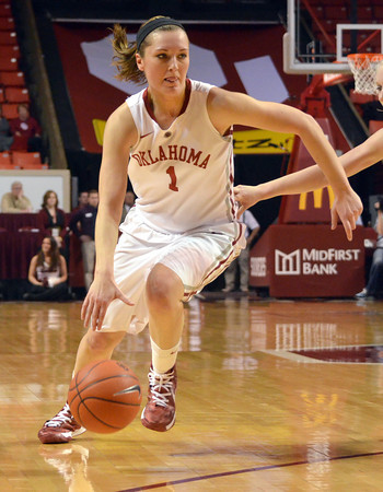 OU guard Nicole Kornet (1)  drives toward the goal Wednesday during the Sooners' game against Kansas State at the Lloyd Noble Center in Norman, Okla.