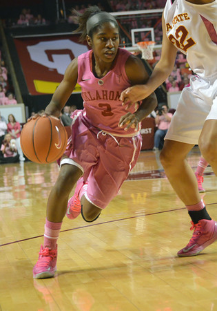 Oklahoma guard Aaryn Ellenberg (3) drives toward the basket Thursday during the Sooners' game against the Cyclones at the Lloyd Noble Center in Norman, Okla..<br /> Kyle Phillips/The Transcript