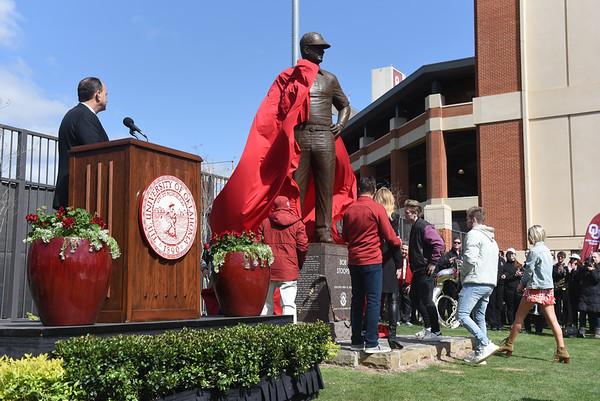 Bob Stoops Statue Reveal