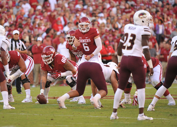 September 10 2016 OU vs ULM Football<br /> <br /> Oklahoma Sooners quarterback Baker Mayfield (6)  in the first half of the game between the Sooners and University of Louisiana Monroe at Owen Field in Norman OK<br /> <br /> <br /> June Frantz Hunt/Transcript