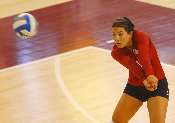 OU's Maria Fernanda (4) watches the ball as she waits to volley it to a teammate during the Sooners' match against Wichita State at the McCasland Field House.  To see more photos from the match visit photos.normantranscript.com.<br /> Kyle Phillips/The Transcript