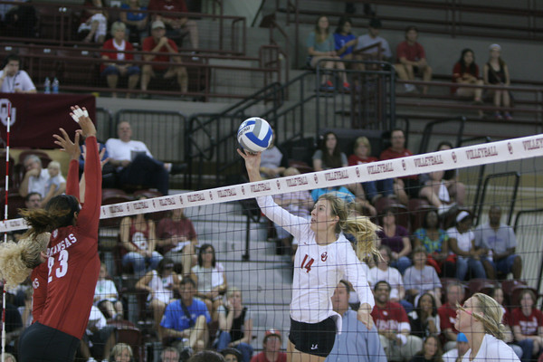 OU v Arkansas volleyball 2