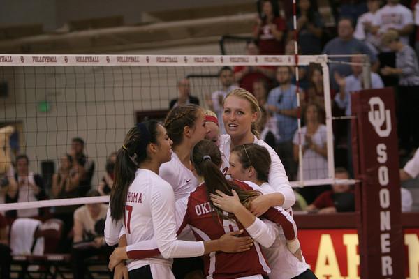 OU v Arkansas volleyball 6
