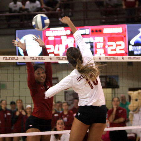 OU v Arkansas volleyball 1
