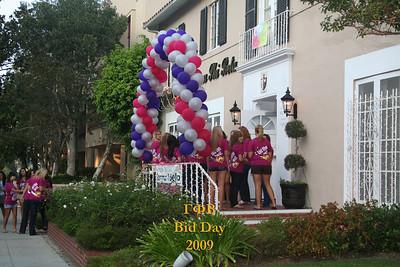 UCLA Gamma Phi Beta Bid Day Fall 2009