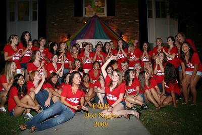 USC Gamma Phi Beta Bid Night Groups