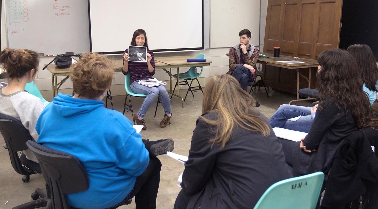 Class Critique, Photo 1 classroom