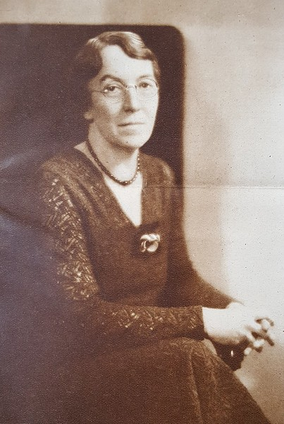 Prof. Mabel K. Whiteside (07626)
