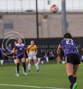 Freshman midfielder Laramie Hall throws in the ball in the game against University of Northern Iowa on Sept. 16, 2016, in the K-State Soccer Stadium. (Nathan Jones | The Collegian)