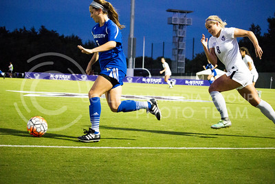 Senior defender Abby Fiser chases the ball during the last home game of the season on Sept. 30, 2016, against UMKC. K-State's soccer team won 2-0 over UMKC. (Alanud Alanazi   The Collegian)