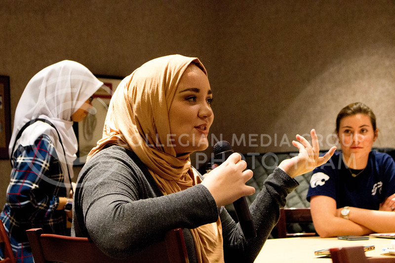 "Event attendee talks about her day with the hijab during the ""A Day in A Hijab"" debriefing in the student union on April. 19. (Alanud Alanazi 