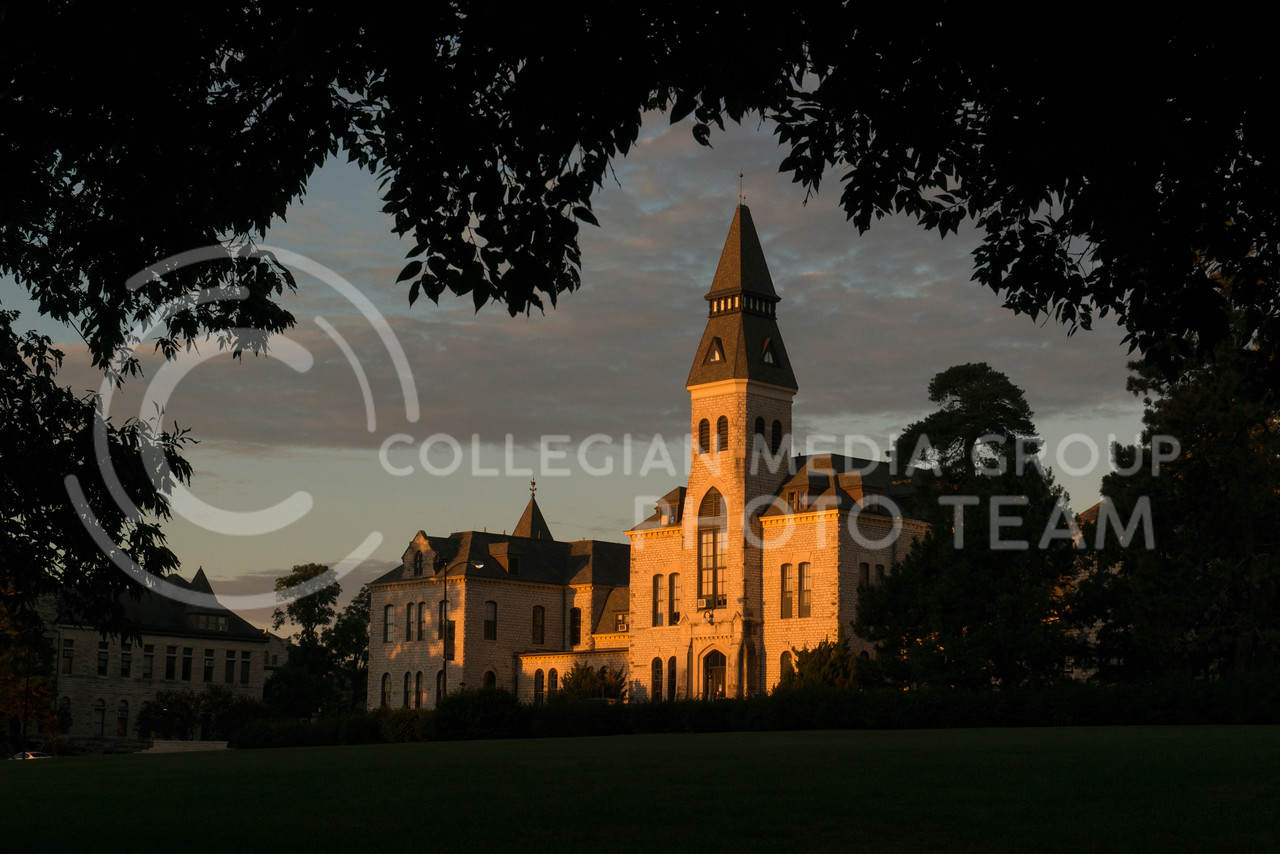 The morning light reflects off the limestone of Anderson Hall on October 2, 2015. (File Photo by Evert Nelson | The Collegian)
