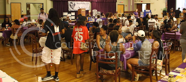 Students socialize at the BSU back to school BBQ in the Student Union Ballroom on August 27, 2016. (Miranda Snyder | The Collegian)