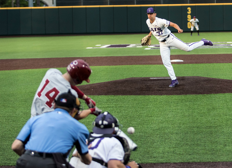 Freshman left hand pitcher Eric Torres delivers the pitch during the game against Oklahoma on April 26, 2019. ( Sabrina Cline | Collegian Media Group )