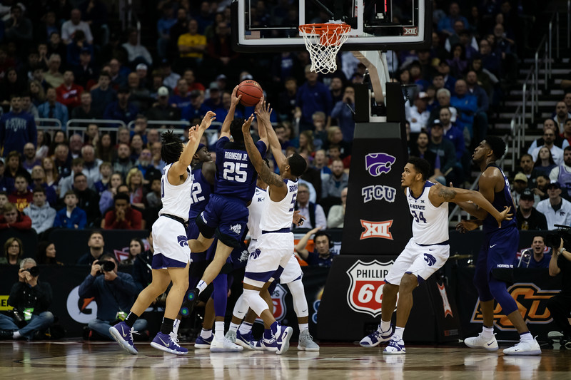 The K-State Wildcats faced off against the Texas Christian University Horned Frogs in their first game of the Big 12 Tournament in the Sprint Center in Kansas City, MO, finding victory with a finish of 70-61. (Olivia Bergmeier | Collegian Media Group)
