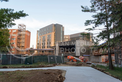 Construction continues on Wefald Hall and the walkways connecting Marlatt and Goodnow Hall on July 5, 2016. (Evert Nelson | The Collegian)