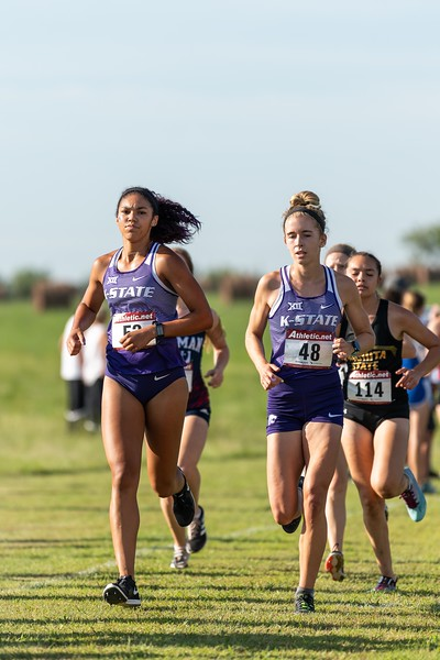 K-State's Victoria Robinson and Kassidy Johnson pace themselves during the women's 4k race at the J.K. Gold Classic in Augusta, KS on September 1, 2018. (Alex Todd | Collegian Media Group)