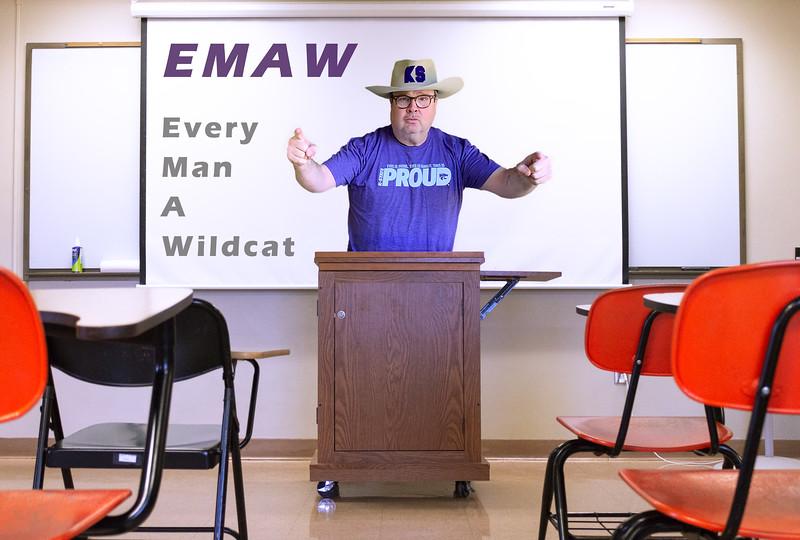 Eric Stonestreet Professor - 2