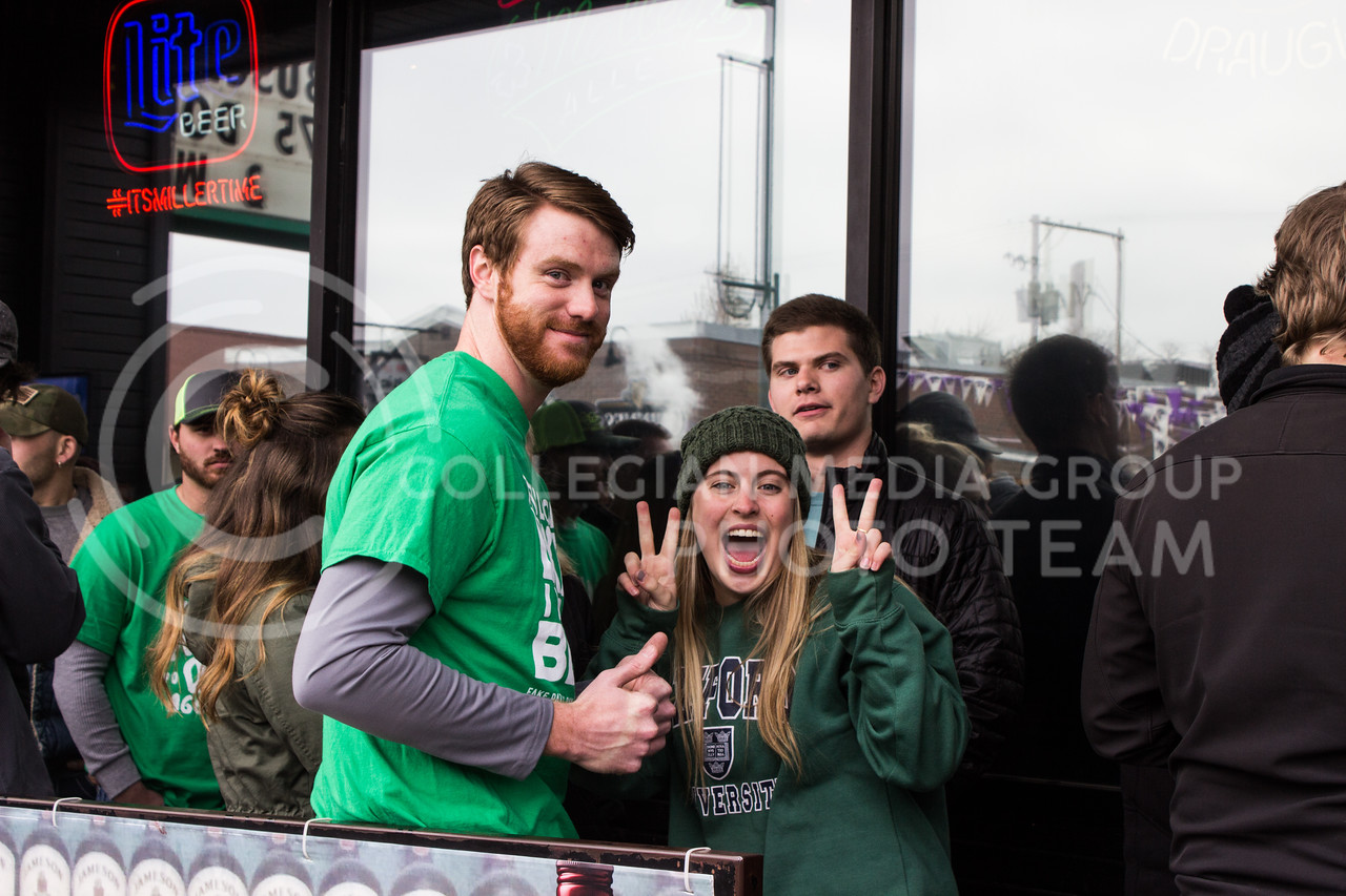 Students stand in line to get into Johnny Kaw's on Fake Patty's Day. (Regan Tokos | The Royal Purple)