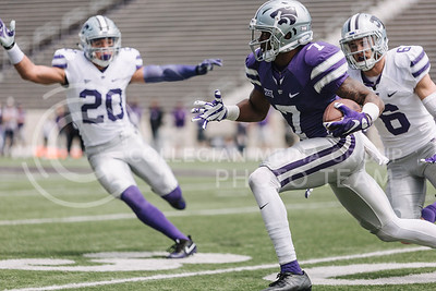 Sophomore wide receiver Isaiah Zuber runs the ball during the spring game in Bill Snyder Family Stadium on April 22, 2017. (Emily Starkey | The Collegian)