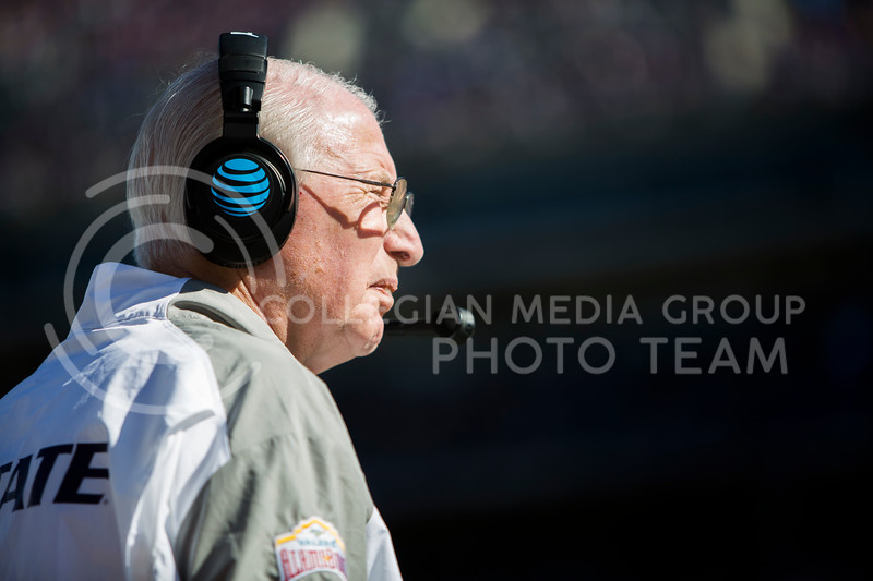 Head coach Bill Snyder looks toward the end zone during the football game between K-State and Texas in Bill Snyder Family Stadium on Oct. 22, 2016. (Emily Starkey | The Collegian)