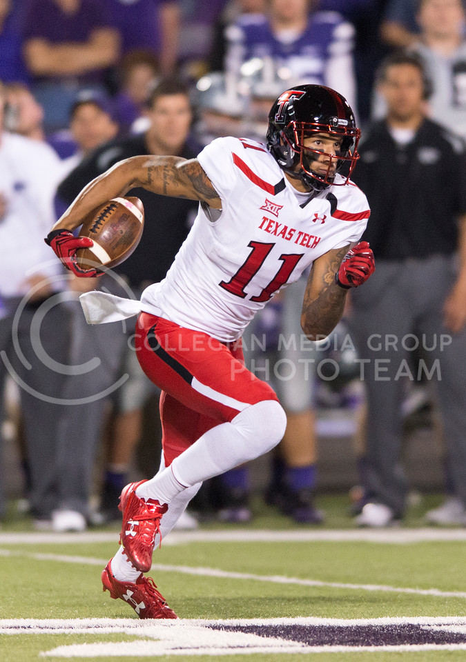Texas Tech wide receiver Derrick Willies returns the ball during the game between K-State and Texas Tech on Oct. 8, 2016, in Bill Snyder Family Stadium. (George Walker | The Collegian)