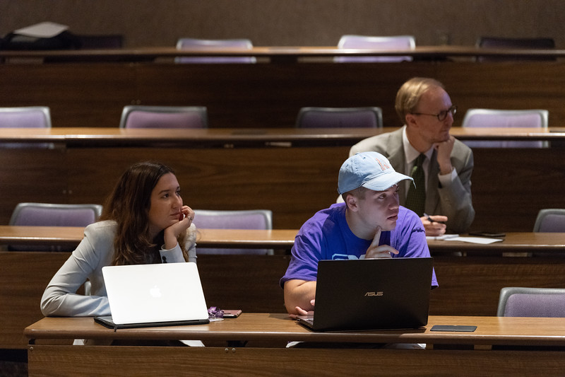 """Many K-State students and faculty that attended """"Free Speech, Diversity and Inclusion"""" in the Big 12 Room on October 9, 2018 wrote notes that they can take back to their classrooms and organizations. (Alex Todd 