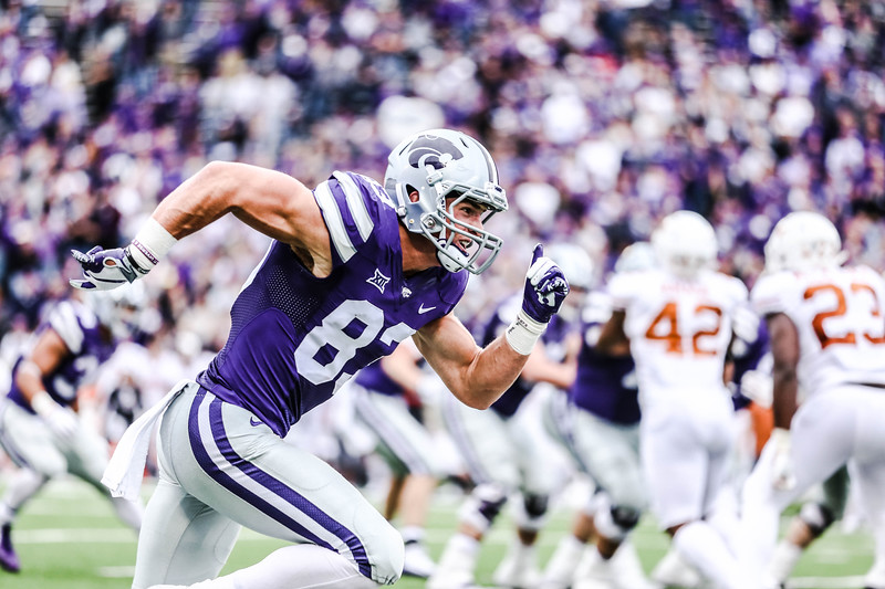 Wide receiver, Dalton Schoen, begins running across the field during the game against Texas in Bill Snyder Family Stadium on Sept. 29, 2018. The Wildcats fell to the Longhorns 19-14. (Emily Lenk | Collegian Media Group)