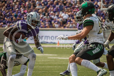 K-State sophomore, Isaiah Zuber, runs the ball against the Charlotte 49ers at Bill Snyder Family Stadium on Sept. 9, 2017. (Logan Wassall | Collegian Media Group)