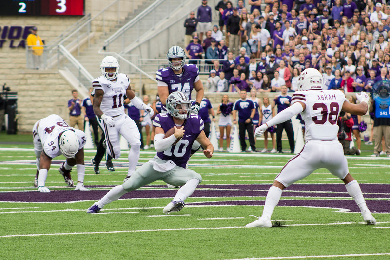Skylar Thompson, Kansas State sophomore quarterback attempts to run the ball against Mississippi State at Bill Snyder Family Stadium on Sept. 8, 2018. The Wildcats lost to the MSU Bulldogs 31-10. (Andrea Klepper | Collegian Media Group)