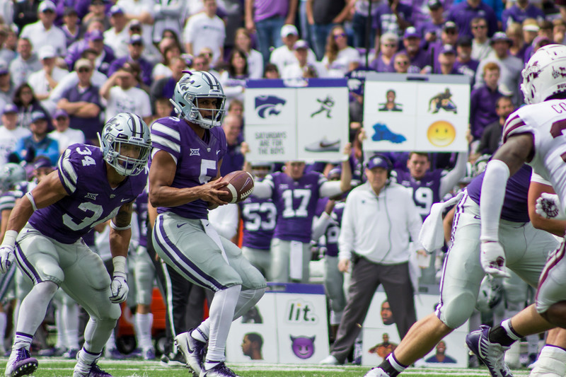 Alex Delton, Kansas State junior quarterback catches the ball to begin a play against Mississippi State at Bill Snyder Family Stadium on Sept. 8, 2018. The Wildcats lost to the MSU Bulldogs 31-10. (Andrea Klepper | Collegian Media Group)