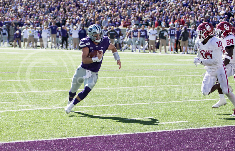 Junior quarterback Skylar Thompson runs the ball in to the end zone for a touchdown during the game against Oklahoma at Bill Snyder Family Stadium on Oct. 26, 2019. (Sabrina Cline | Collegian Media Group)