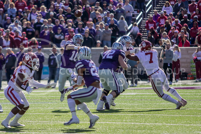 Junior quarterback Skylar Thompson passes the ball downfield during the game against Oklahoma at Bill Snyder Family Stadium on Oct. 25, 2019. (Sabrina Cline | Collegian Media Group)
